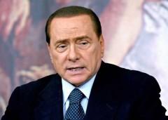 "Berlusconi choc: ""A parte le leggi razziali Mussolini fece bene"""